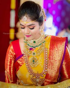 bridal sets & bridesmaid jewelry sets – a complete bridal look Telugu Brides, Telugu Wedding, Saree Wedding, Wedding Bride, Wedding Bells, Wedding Events, South Indian Weddings, South Indian Bride, Indian Bridal