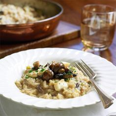 Try our recipe for wild mushroom risotto- a simple but special vegetarian dish. Vegetarian Christmas Recipes, Vegetarian Main Dishes, Vegetarian Soup, Vegetarian Recipes, Leftovers Recipes, Dinner Recipes, Red Cabbage Recipes, Mushroom Risotto, Evening Meals