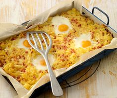 Blechrösti with fried eggs - Modern Good Food, Yummy Food, Fabulous Foods, Potato Recipes, Superfood, Macaroni And Cheese, Food Porn, Food And Drink, Tasty