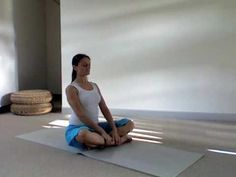 Yoga Stretch For The Middle Back (Thoracic Spine) - Spine Flex