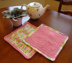 Daydreaming Dishcloth Pattern. Gonna make ta few of hese for my sister before she moves out!