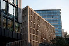 PILESTREDET-facade cut out