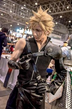 Perfect Cloud Strife cosplay by a 19 years old japanese - The Effective Pictures We Offer You About DIY Costume alien A quality picture can tell you many things. You can find the most beautiful p Final Fantasy Cosplay, Final Fantasy Cloud, Final Fantasy Artwork, Final Fantasy Vii Remake, Cosplay Akatsuki, Cosplay Hinata, Cosplay Anime, Ciri Cosplay, Male Cosplay