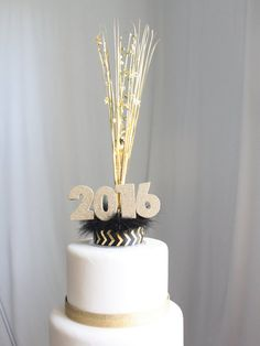 Check out this item in my Etsy shop https://www.etsy.com/listing/257720737/new-years-2016-cake-topper
