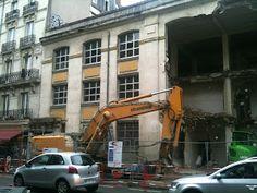 La démolition du bâtiment existant en juin 2012