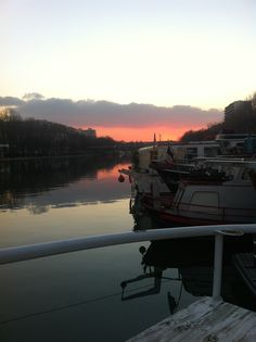 Paris, France_ Houseboat Airbnb