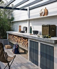 If you are looking for Outdoor Kitchen Lighting, You come to the right place. Here are the Outdoor Kitchen Lighting. This post about Outdoor Kitchen Lighting . Small Rustic Kitchens, Rustic Kitchen Design, Outdoor Kitchen Design, Outdoor Kitchens, Kitchen Designs, Rustic Design, Design Barbecue, Outdoor Cooking, Kitchen Lighting