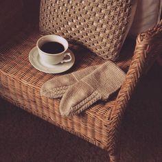 Have a wonderful Tuesday 🍁 . Getting Cozy, Knitting, Instagram, Tuesday, Villa, Socks, Videos, Tricot, Breien