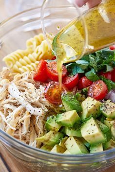 Healthy Chicken Pasta Salad - chicken salad recipe - Packed with flavor, protein and veggies! This healthy chicken pasta salad is loaded with tomatoes, avocado, and fresh basil. - recipe by 242772236150184751 Chicken Pasta Salad Recipes, Healthy Chicken Pasta, Salad Chicken, Basil Chicken, Chicken Avocado Pasta, Rotini Pasta Recipes, Chicken And Veggie Recipes, Rotisserie Chicken Salad, Cooked Chicken