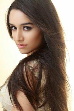 Shraddha Kapoor, Bollywood actress, Shraddha Kapoor makeup, shraddha kapoor pictures,shraddha kapoor wallpapers
