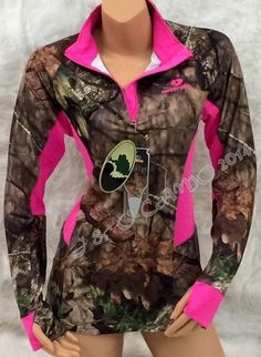 Women's Mossy Oak Camo HOT PINK Accents Pullover #MossyOak #BasicJacket