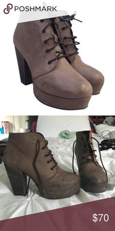 Steve Madden Taupe Lace Up Bootie Barely worn in great condition, very  similar to the