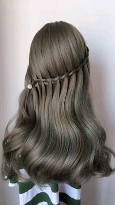 wedding Hairstyles easy Hairstyles Hairstyles for school party Hairstyles Hairstyles for round faces Romantic Hairstyles, Cool Hairstyles, Wedding Hairstyles, Hairstyles Videos, Bridal Hairstyle, Party Hairstyles, Easy Braided Hairstyles, Fringe Hairstyle, Engagement Hairstyles