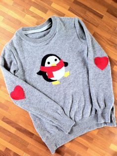 Cute widdle penguin sweater!