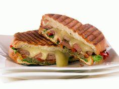 Rib Eye Steak Panini recipe from Giada De Laurentiis via Food Network Giada De Laurentiis, Panini Sandwiches, Wrap Sandwiches, Gourmet Sandwiches, Sandwich Bar, Bulgogi, Giada Recipes, Cooking Recipes, Sauce Marinara