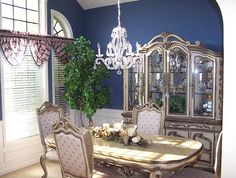 410 Tremont Ln, Winchester KY LUXURY!!!! Bright Dining Room!