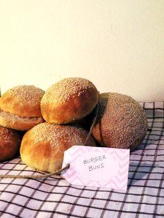 La petite cuillère: Burger buns : panini per hamburger