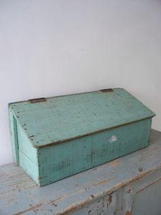Oude gruttersbak met klepje SOLD | sold | sjebbiez