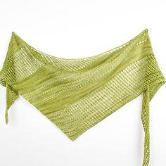 Ravelry: Antarktis shawl with Malabrigo Yarn Sock - knitting pattern by Janina… Shawl Patterns, Knitting Patterns, Knitting Ideas, Knitting Projects, Knitting Socks, Hand Knitting, Knitting Scarves, Janina, Knit Wrap