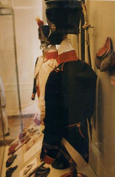 Rear view, Shako and Habit Veste, Model 1812, Sergeant of Fusiliers, 51st Line Infantry Regiment. Note lack of devices on turnbacks