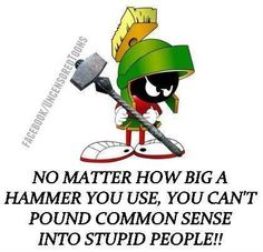 Marvin the Martian Looney Tunes Characters, Classic Cartoon Characters, Looney Tunes Cartoons, Favorite Cartoon Character, Cartoon Jokes, Classic Cartoons, Funny Cartoons, Funny Jokes, Hilarious