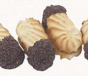 Βουτήματα γεμιστά με μαρμελάδα βουτηγμένα σε γλάσο σοκολάτας