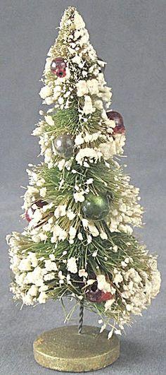 Vintage Bottle Brush Christmas Tree Tiny Beads.