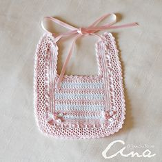 Best Ideas For Baby Crochet Scarf Girls Col Crochet, Crochet Baby Bibs, Crochet Baby Clothes, Crochet For Kids, Hand Crochet, Crochet Stitches, Free Crochet, Baby Knitting Patterns, Baby Patterns