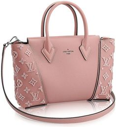 Loving the Pink color of this gorgeous LV bag!