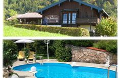 Haupthaus und Swimming Pool