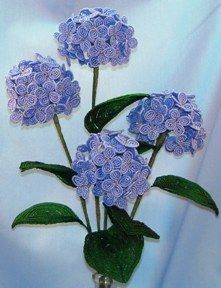 Hydrangea French Bead Flower Pattern at Sova-Enterprises.com Many FREE Bead Patterns and Tutorials available!