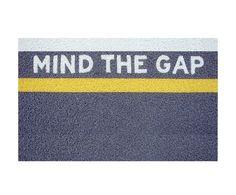 """Wycieraczka """"Mind the gap"""""""