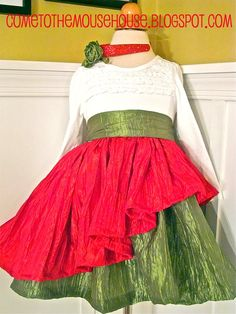 Welcome to the Mouse House: The Mouse House Christmas Dress: Sewing Tutorial
