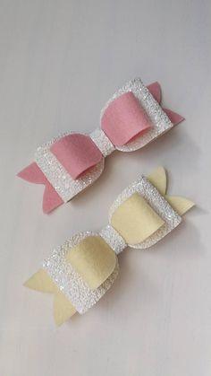 Handmade Hair Bows, Diy Hair Bows, Bow Hair Clips, Handmade Crafts, Handmade Rugs, Diy Leather Bows, Felt Hair Accessories, Bow Template, Bow Pattern