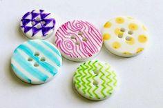 DIY-Sharpie-Buttons.jpg.jpg 640×427 pixels