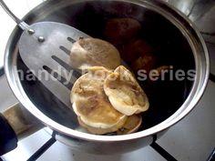 how to pickle eggplants : http://evelinbooks.wordpress.com/2014/10/31/pickled-eggplants-recipe/