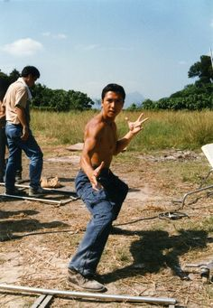 Donnie Yen Kung Fu Martial Arts, Chinese Martial Arts, Martial Arts Movies, Martial Artists, Katana, Donnie Yen Movie, Action Movie Stars, Ip Man, People Poses