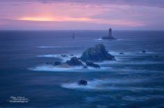 Bretagne - La pointe du Raz - le phare de la Vieille by Philippe MANGUIN  www.photosdebretagne.com