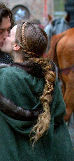Medieval Hair 💛 Cute Hairstyles, Braided Hairstyles, Birthday Hairstyles, Barbie Hairstyle, Medieval Hairstyles, Viking Braids, Waist Length Hair, Hippie Hair, Pin Up Hair