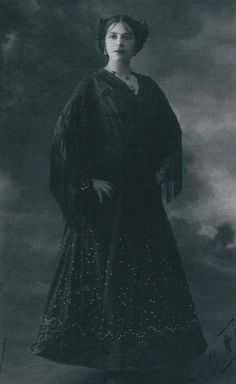 #MataHari | As the Spanish Beauty | 1913 |Folies Bergere, Paris