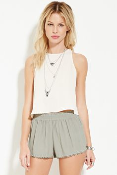 Forever 21 is the authority on fashion & the go-to retailer for the latest trends, styles & the hottest deals. New York Outfits, Forever 21, Cute Summer Outfits, Crinkles, Capsule Wardrobe, Boho Shorts, Latest Trends, Short Dresses, Womens Fashion