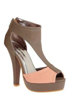 Pinky and the Grey Heel | Mod Retro Vintage Heels | ModCloth.com - StyleSays