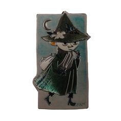 Based on original Tove Jansson's drawings from 1960. Add instant style to workspace or the fridge while keeping your notes and reminders in view with an attention-grabbing Snufkin Magnet. Measures: approx 3.5 x 6.5 cm