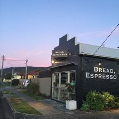 Photo of cafe Bread, Espresso & taken by clover&pearl Mystery Show, Love Cafe, Cool Restaurant, Hot Spots, Lovely Shop, Coffee Roasting, Coffee Shops, Cafe Design, Store Fronts