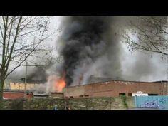 Großbrand in Potsdam. Denkmalgeschützte Werkstatthalle abgebrannt
