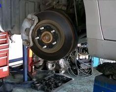 <p>Видео по замене переднего ступичного подшипника на автомобиле Тойота Камри 2.4л, 2008, 2AZ-FE U250E</p>