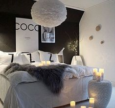 49 Lovely Black Accent Walls Bedrooms Ideas Black bedroom walls make a huge impact in the space but you want to make sure that it is making […] Gray Bedroom Walls, Accent Wall Bedroom, Dream Bedroom, Home Bedroom, Teen Bedroom, Bedroom Black, Black Bedrooms, Bedrooms With White Walls, Small Bedrooms