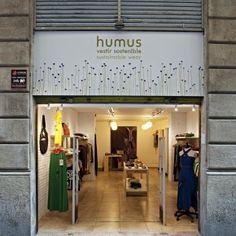 Humus: Tienda de moda ecológica y de comercio justo o fabricadas en Europa con prendas para hombre.Gotico, Barcelona