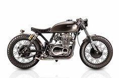 """3,155 Likes, 22 Comments - Info@Maverickmotorcycles.club (@maverickmotorcycles) on Instagram: """"Miiiiinnnnmmt 1978 Kawasaki KZ400 by @tattoocustommotorcycles. Rad AF moiteoh yea... It's on…"""""""