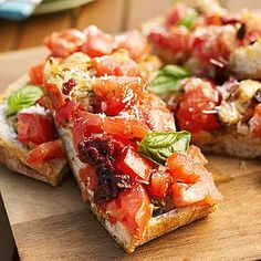 Jimmy's favorite garlic bread~ This popular side-dish recipe is seasoned with a chunky tomato, basil, and garlic salsa. If you wish, slice into smaller pieces and serve as an appetizer. ~ Original recipe from Family Circle Appetizer Recipes, Appetizers, Tapas, Sandwiches, Cooking Recipes, Healthy Recipes, Bread Recipes, Cooking On The Grill, Barbecue Recipes